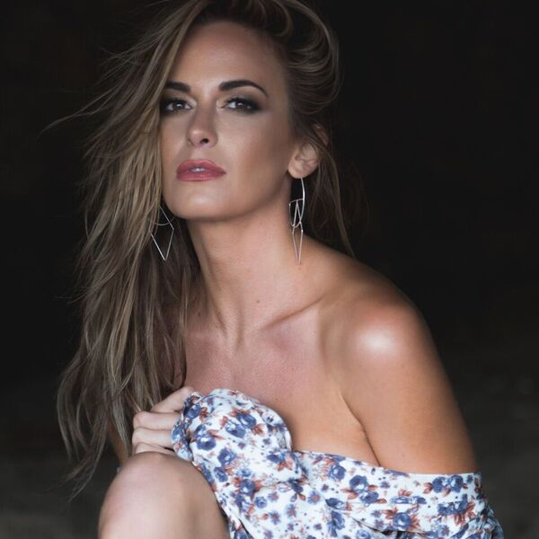 Jena Sims – Block Agency